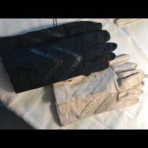 2 Pair of Vintage Isotoner Gloves Cream & Black